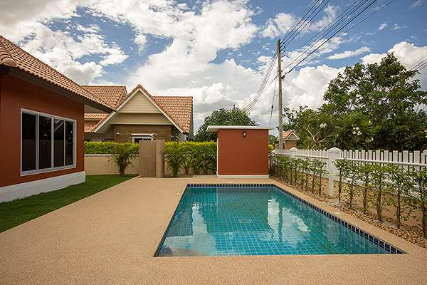 3 Bedroom Pool Villa Near Town for Rent at Dusita I for Rent Hua Hin Soi 112