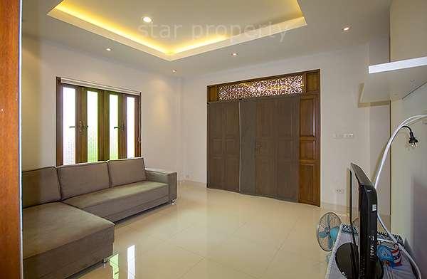 3 bedroom Villa near town for sale