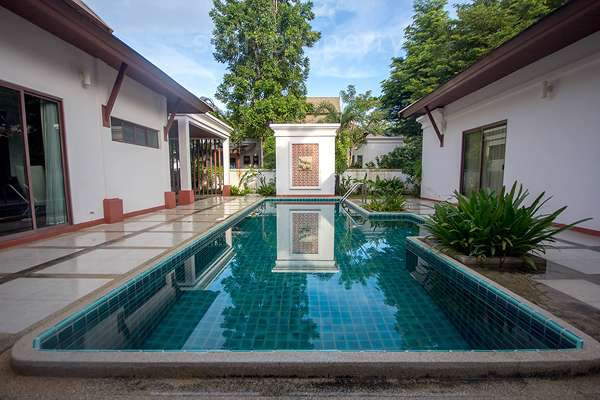 Luxury Pool Villa for Rent at Lavallee 80/26 soi70