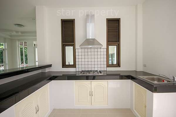 near shopping mall villa for sale hua hin