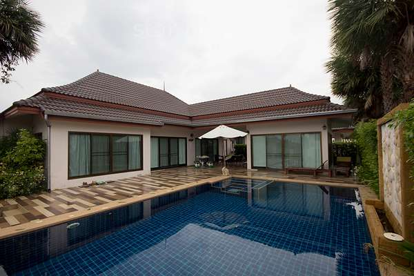 Bungalow for Rent with Private Pool at Baan Araya  Ning house 39/577