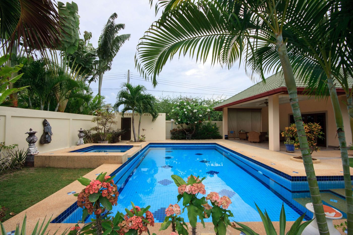 Coconut Gardens Hua Hin Soi 70