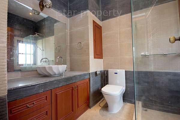7 bedroom Villa smart house village for sale
