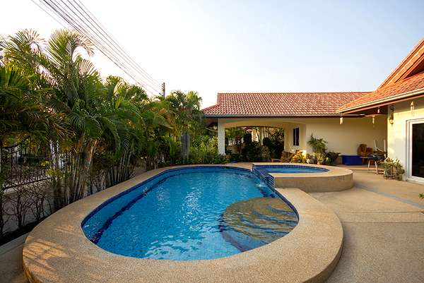 Large 4 Bedroom Pool Villa for Rent at Orchid Plam Homes 1  Soi 102