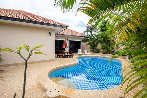 Bali Style Pool Villa for Rent at Orchid Villa, Hua Hin Soi 114