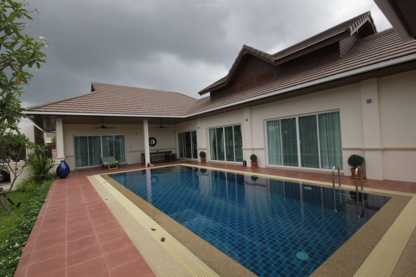 Luxury 3 Bedroom Pool Villa for Rent at Hillside Hamlet 4, soi 88