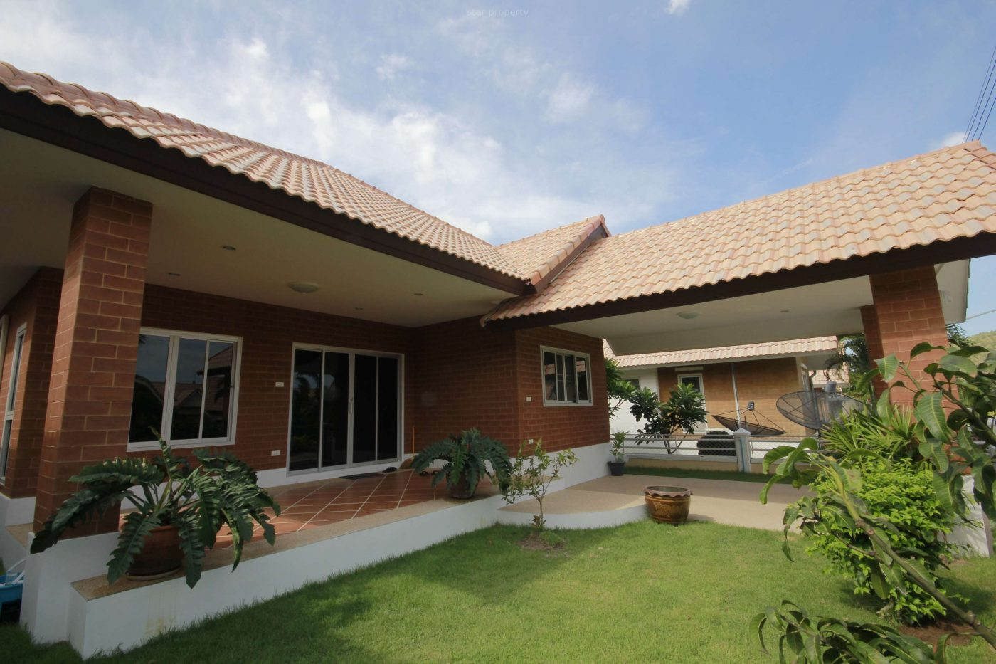 Nice Bungalow For Rent at Dusita 2/92 soi112