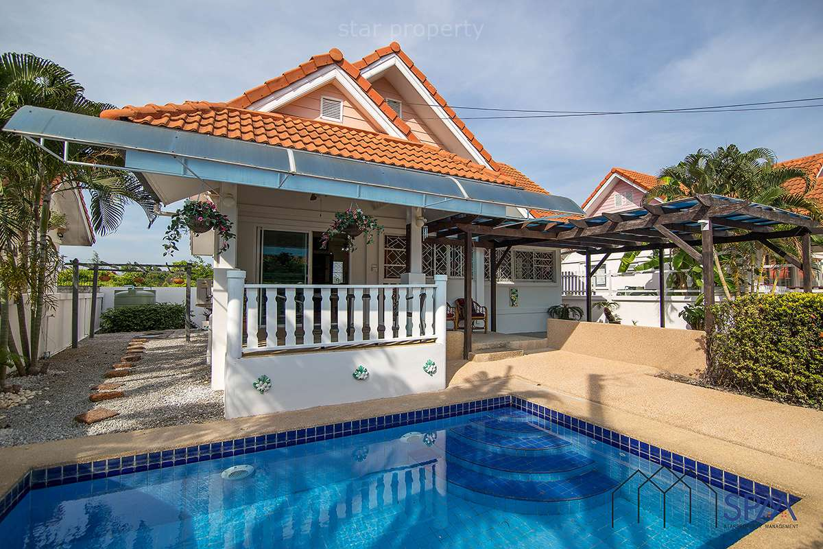 Beautiful Pool Villa for Sale at Hua Hin Soi 58