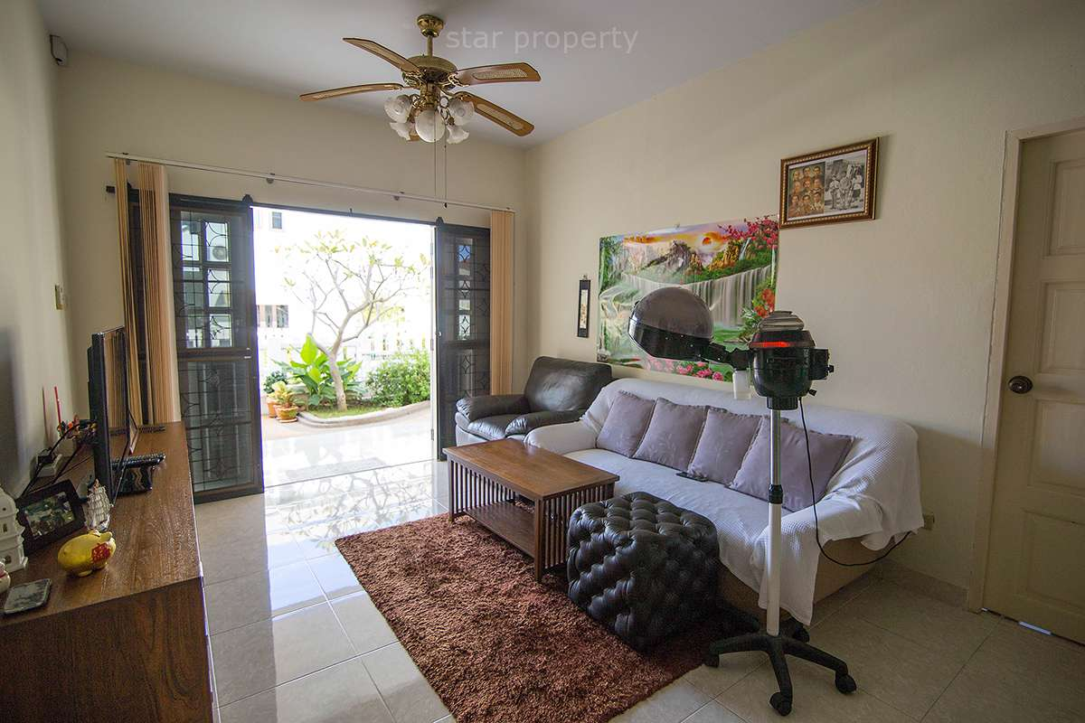 hua hin near town large house for sale