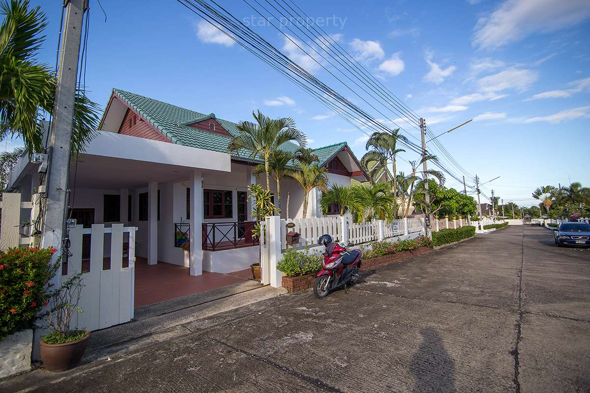 hua hin large house for sale good price