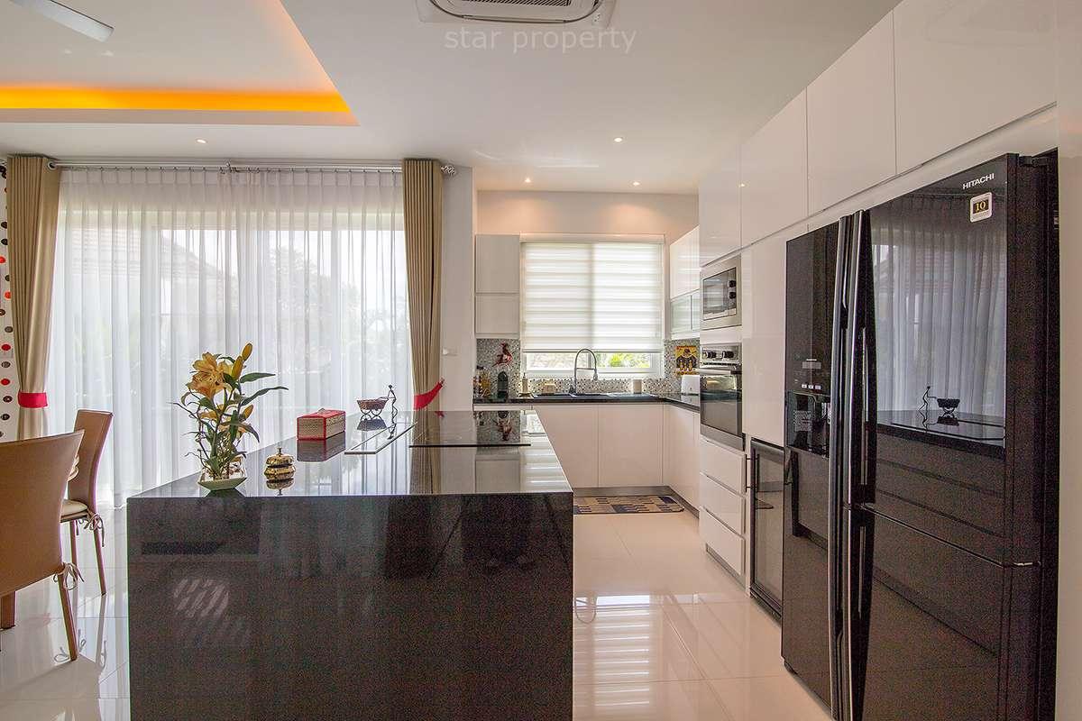 luxury 4 bedroom pool villa for sale