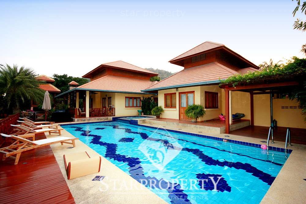 Luxurious Bungalow with Private Pool for sale Soi 116 at Hua Hin District, Prachuap Khiri Khan, Thailand