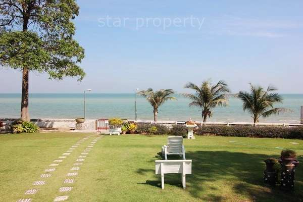 1 Bedroom Beachfront Penthouse Condo with Sea View for sale at Jamjuree