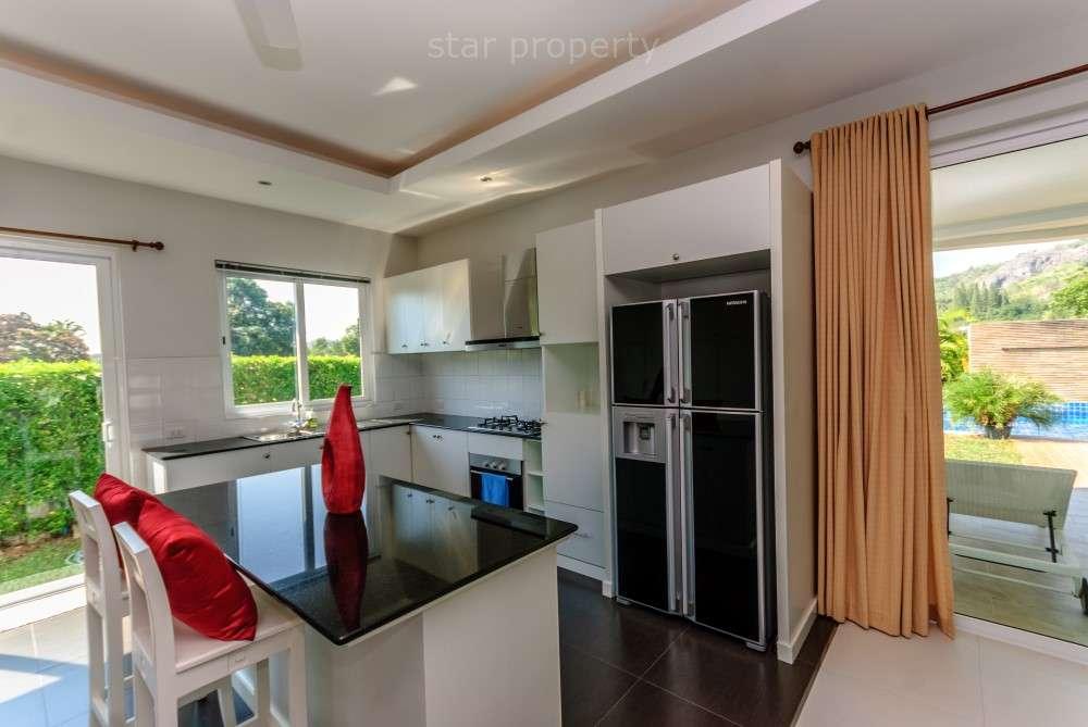 Located close to beaches and Royal lake in Kao Tao, between Hua Hin and Pranburi