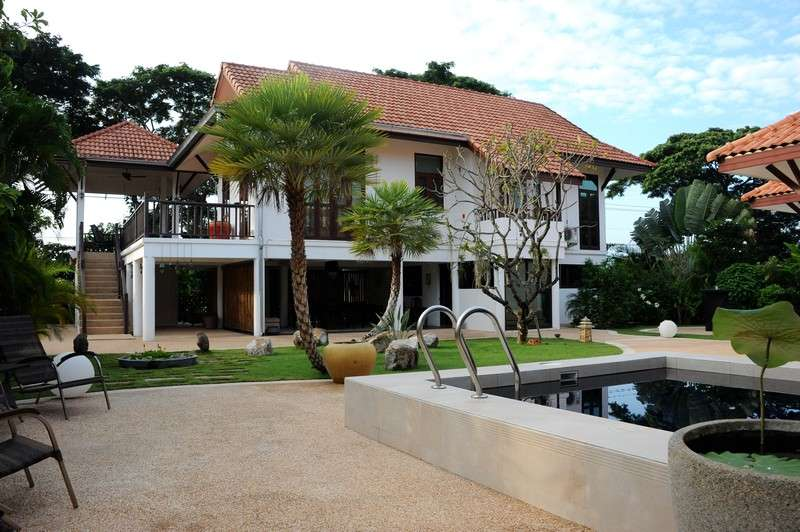 Beautiful Pool Villa For Sale Soi 112 at Hua Hin District, Prachuap Khiri Khan, Thailand