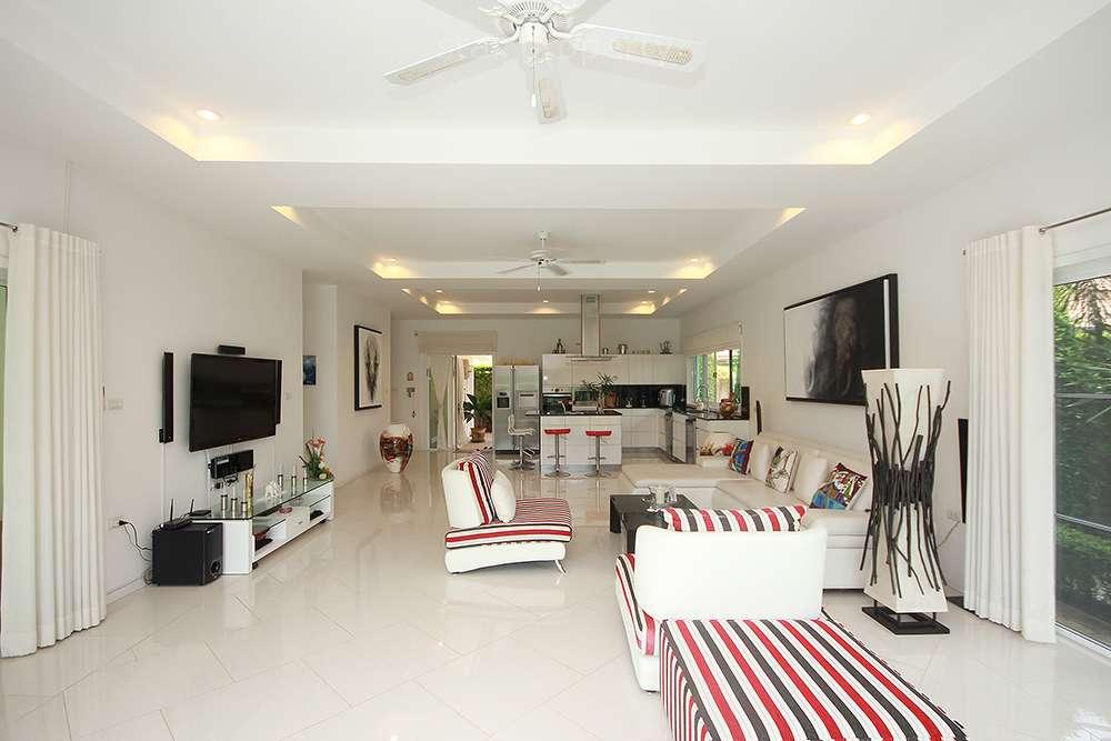 4 bedroom villa for sale hua hin