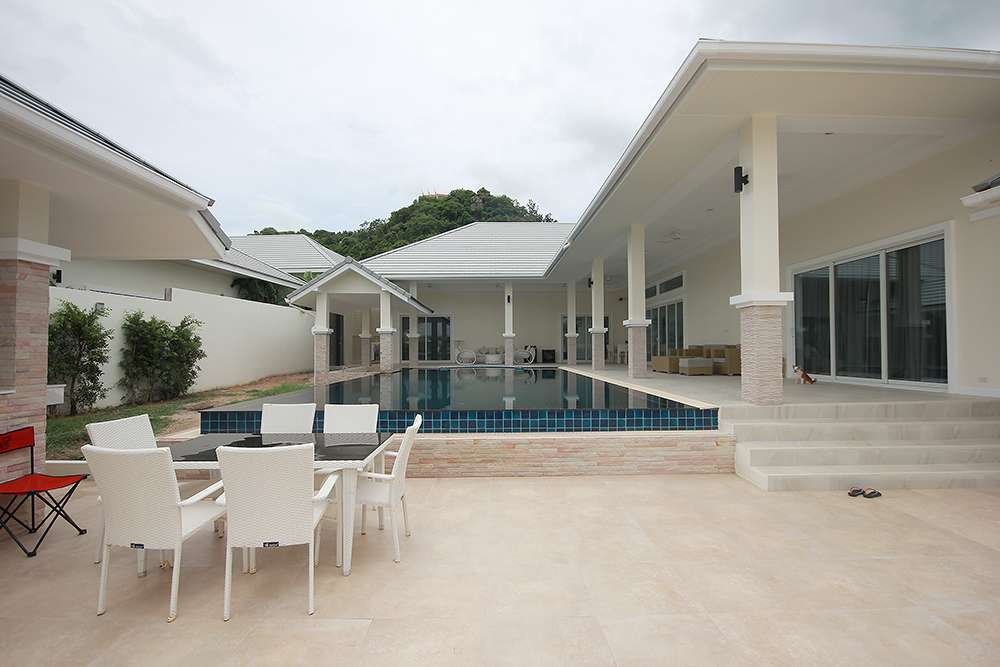 luxury pool villa for sale hua hin soi 91