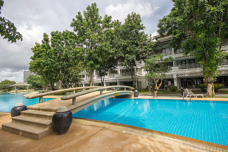 Beautiful Town House in Khao Takiab at Baan Sasuan