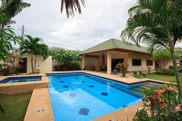 3 Bedroom Pool Villa on Large Land at Coconut Garden 1 , Soi 70