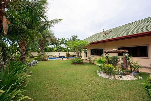 Coconut Garden 1 , Soi 70
