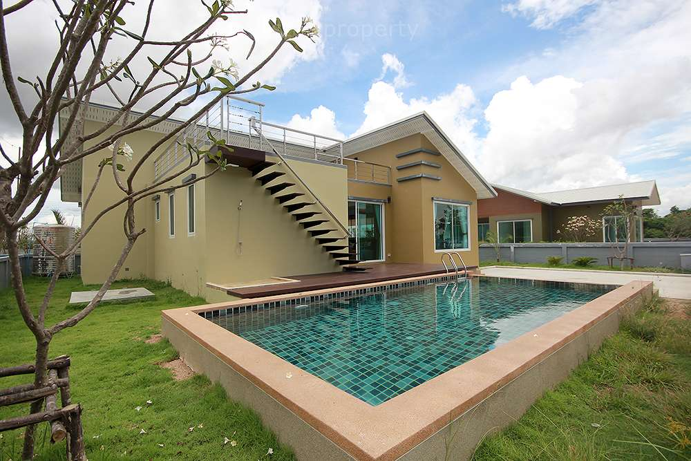 Beautiful Villa for Sale Tha Cha Park Soi 112 at Hua Hin District, Prachuap Khiri Khan, Thailand