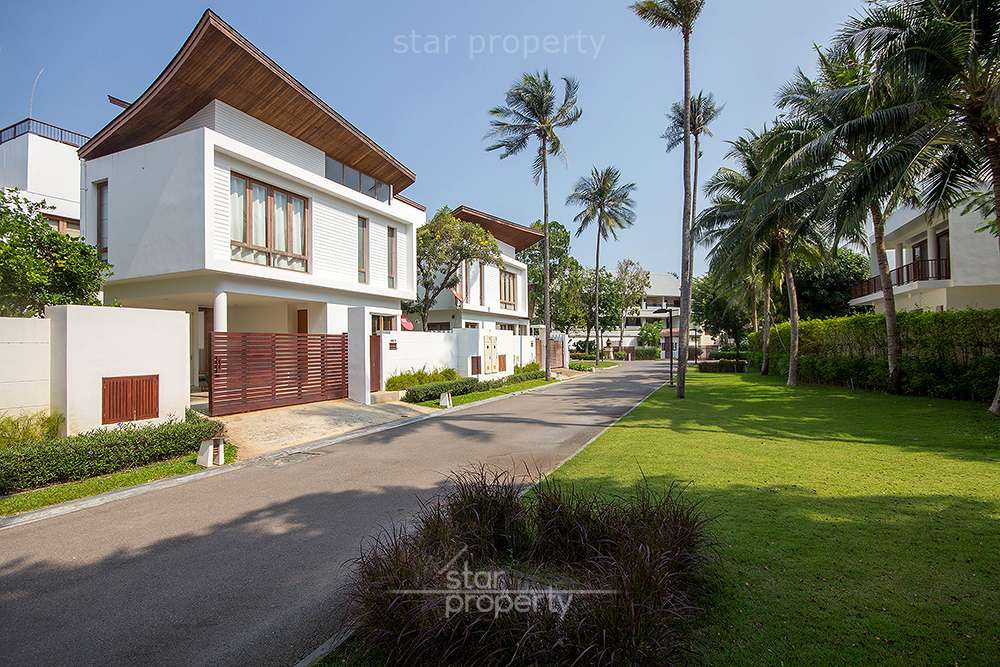 Beautiful Pool Villa for Sale Near the Beach at Pran Buri District, Prachuap Khiri Khan, Thailand