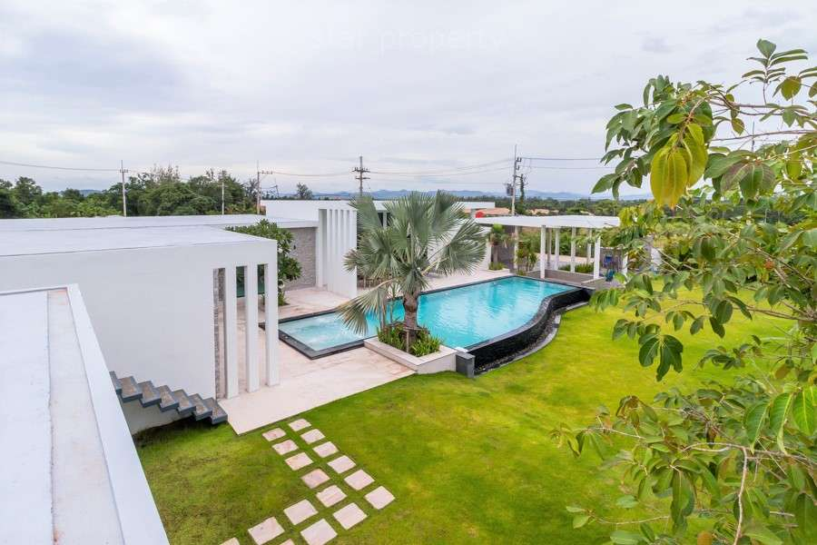 Luxury 6 Bedroom Pool Villa for sale at SUNSET VIEWS