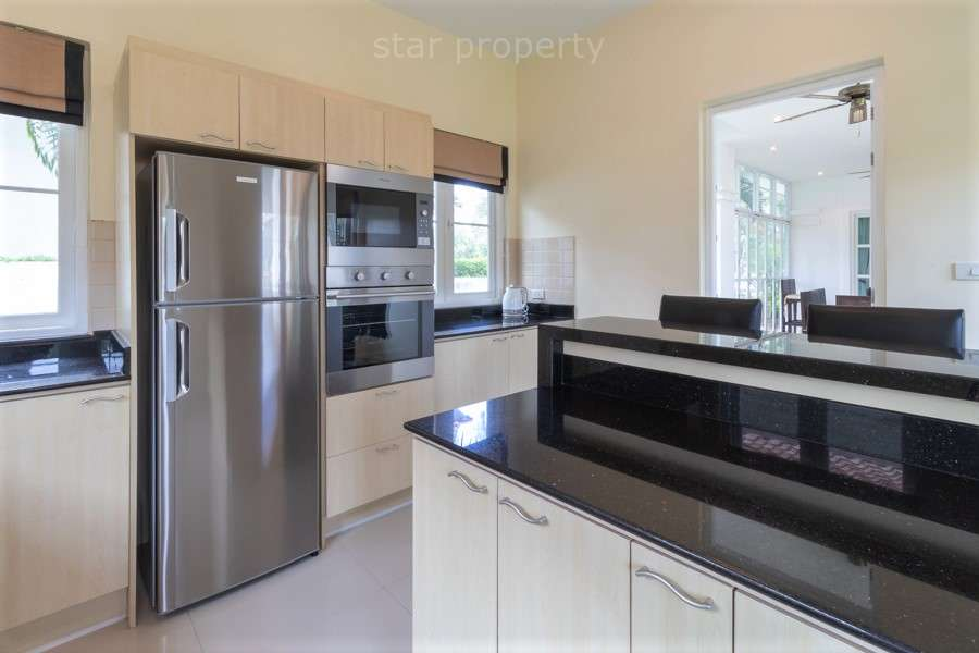 studio unit for sale hua hin near center