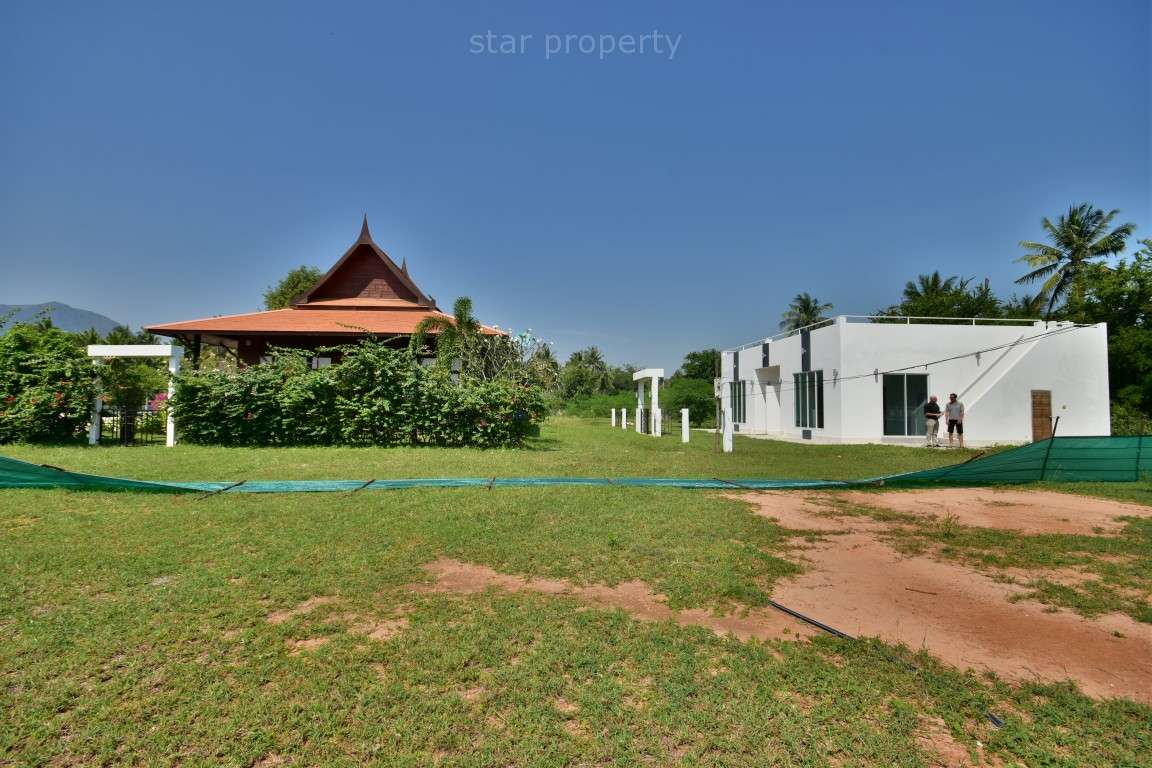 Well Designed Teak Luxury 2 Bedroom Pool Villa for sale at Long Beach Iin