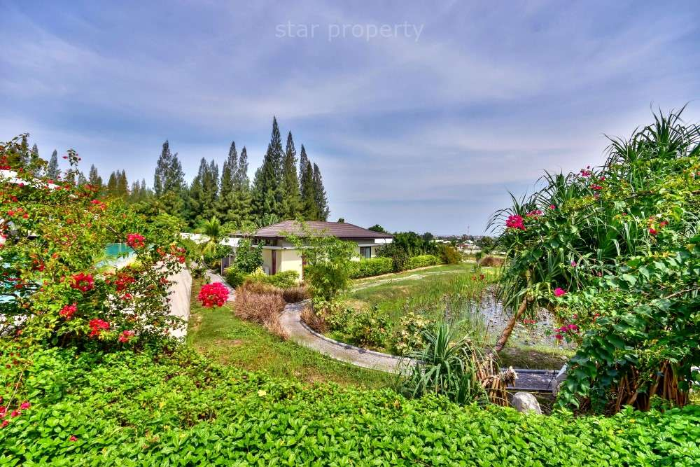 3 Bedroom Pool Villa with Sea and Mountain Views at Khao Tao Lake Side