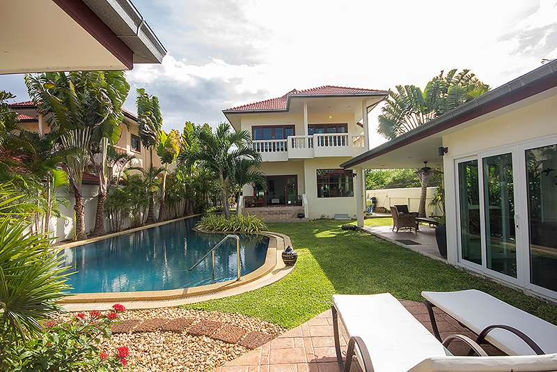 Luxurious House in Popular Estate for sale Soi 116 at Hua Hin District, Prachuap Khiri Khan, Thailand