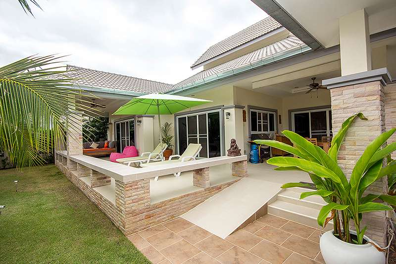 Emerald Resort Villa for sale Soi 112 at Hua Hin District, Prachuap Khiri Khan, Thailand