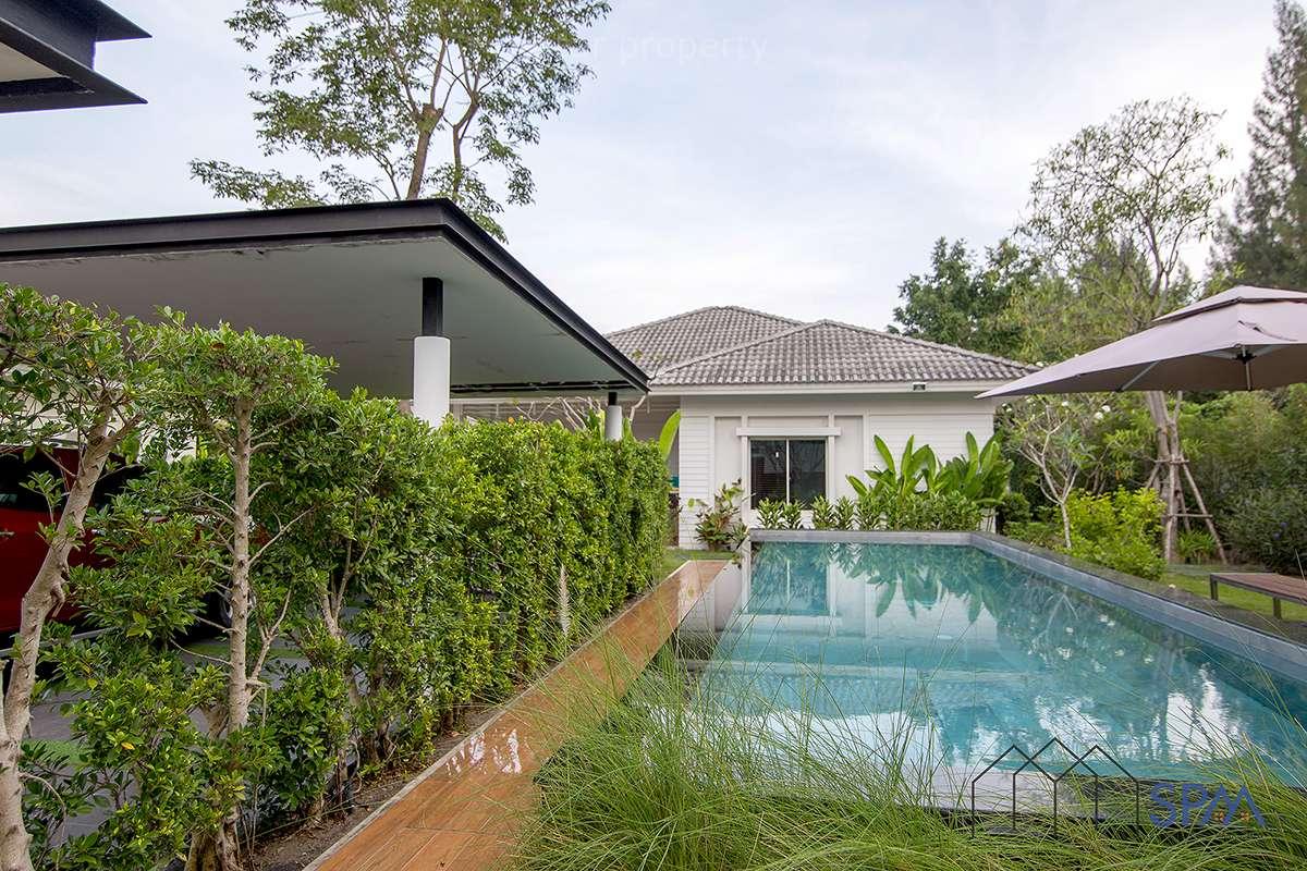 3 Bedroom Pool Villa for Sale at Lavalee Light, Soi 70