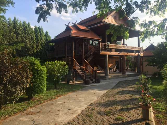 Beautiful Teak Villa next to beautiful Pranburi River for sale at Beautiful Teak house next to the river in Pranburi,