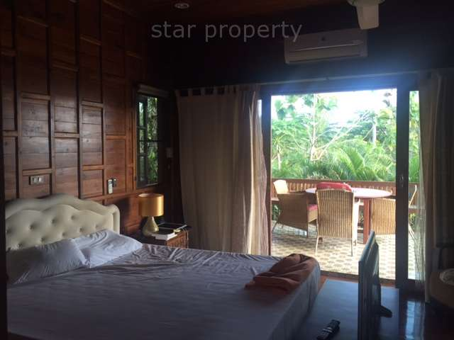 Beautiful Teak house next to the river in Pranburi,