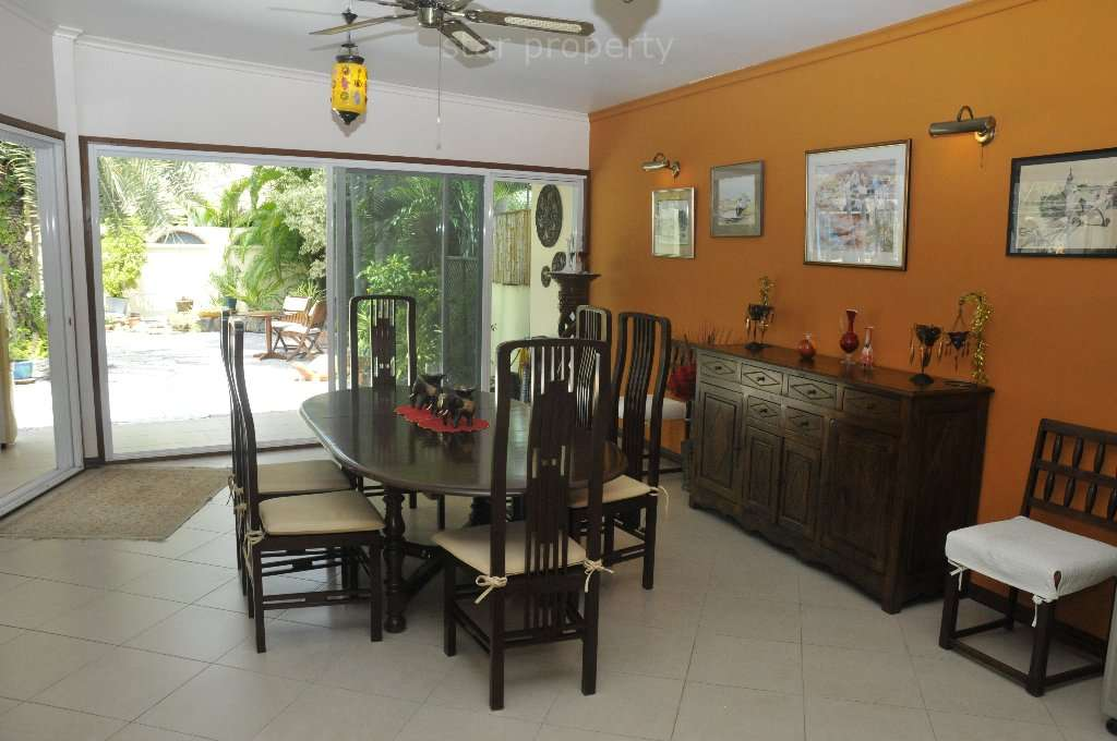 luxury furniture pool villa for sale hua hin