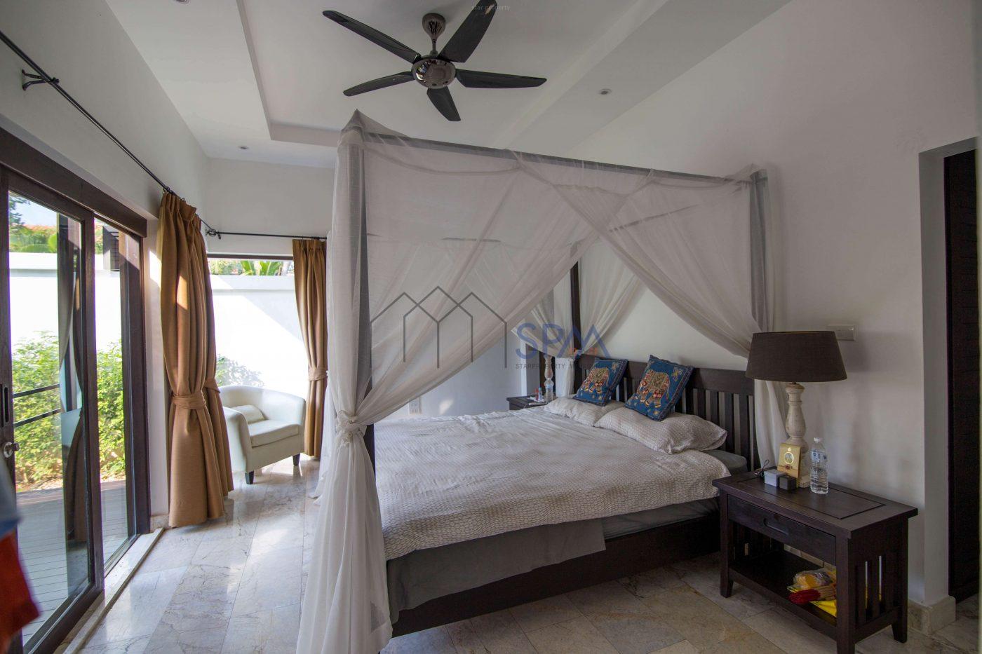 large 3 bedroom pool villa for sale hua hin