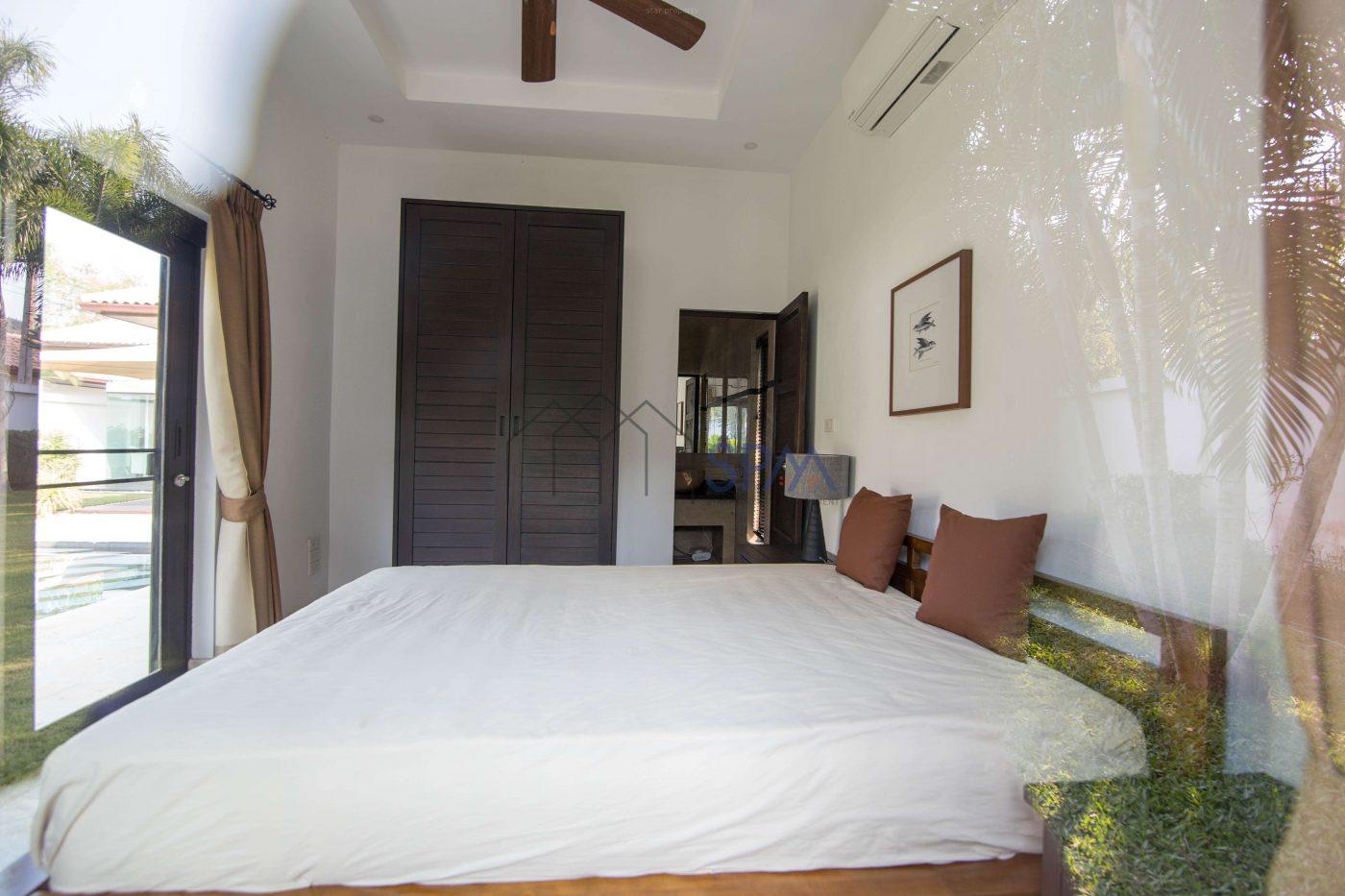 luxury furniture pool villa for sale hua hin