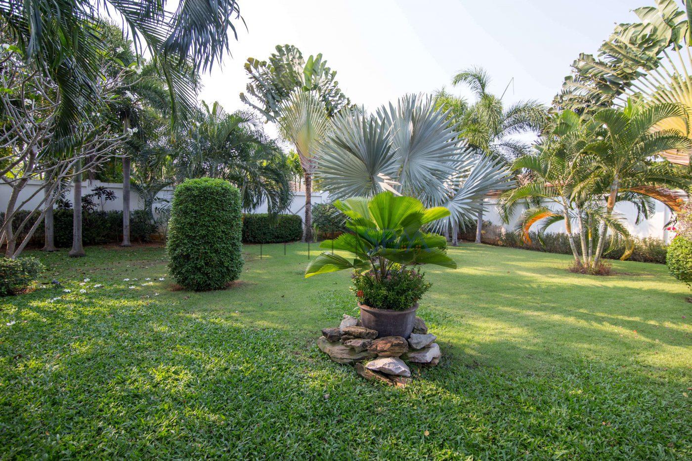 nice decoration pool villa for sale hua hin