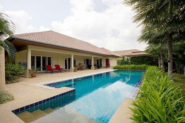 Luxury Pool Villa for Sale Soi 88 at Hua Hin District, Prachuap Khiri Khan, Thailand