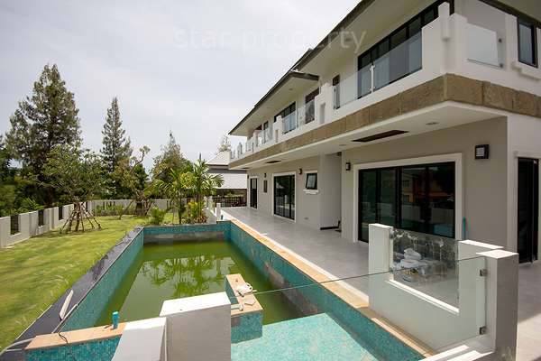 Beautifully 2 Storey House for Sale at Soi 116 , Hua Hin