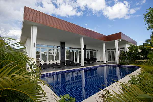Modern Pool Villa near Banyan Golf Course for Sale at Hua Hin District, Prachuap Khiri Khan, Thailand