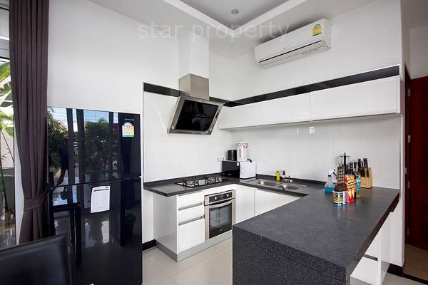 hua hin villa for sale with pool