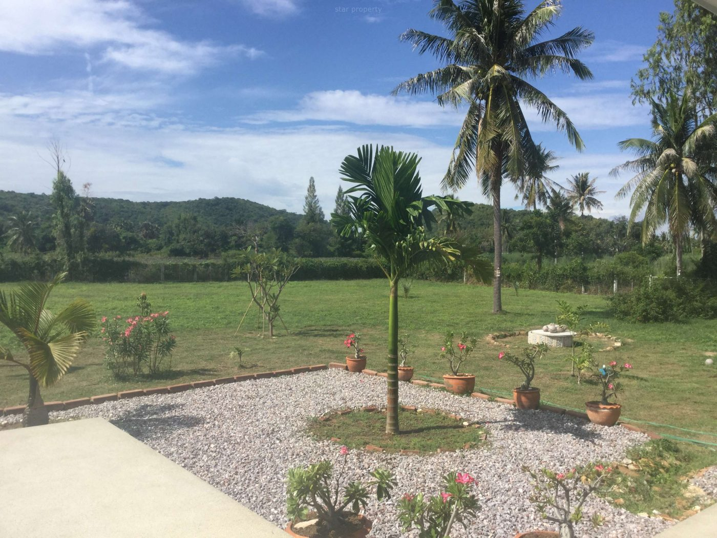 large estate for sale near cener