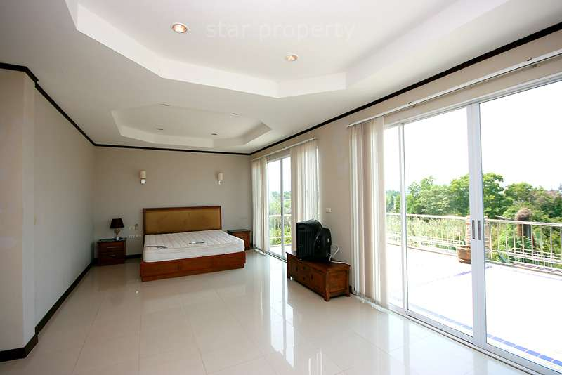 large 3 bedroom pool villa for sale hua hin