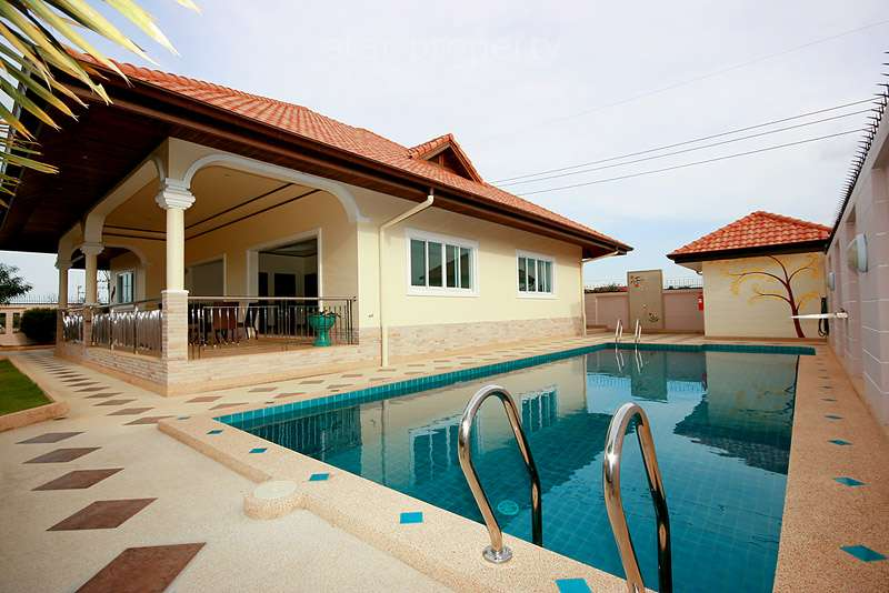 Beautiful Bungalow with Private Pool for sale at Hua Hin District, Prachuap Khiri Khan, Thailand