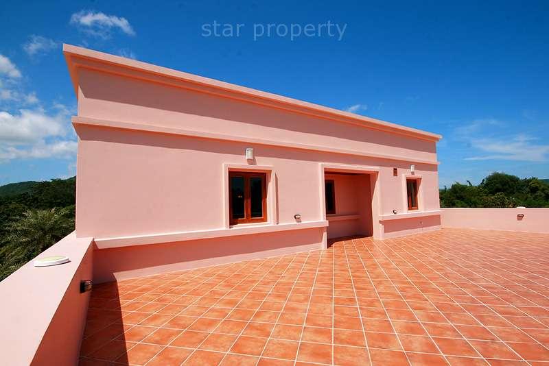 Luxury Pool Villa on a Large Plot for Sale at Hua Hin 56, Tambon Hua Hin, Amphoe Hua Hin, Chang Wat Prachuap Khiri Khan 77110, Thailand  For Sale