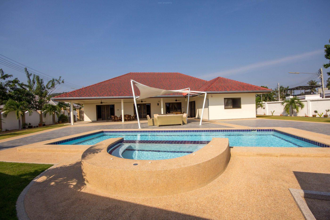 Beautiful Pool Villa for Sale Soi 6 at Hua Hin District, Prachuap Khiri Khan, Thailand