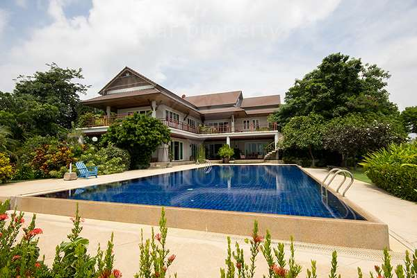 Beach Front Villa with Helicopter Pad for sale at Petchaburi   Had Chaosamran Beach