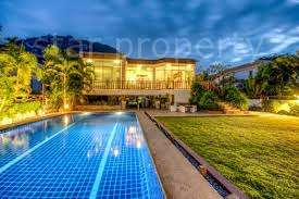 Location at Soi Noi and the lovely Sanee Beach Club